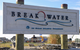 Breakwater Sign