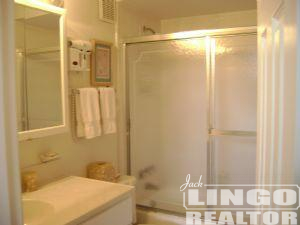 23COLLINSBATH412 25 COLLINS AVENUE #3D  Rental Property