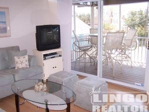 3d_004 25 COLLINS AVENUE #3D  Rental Property