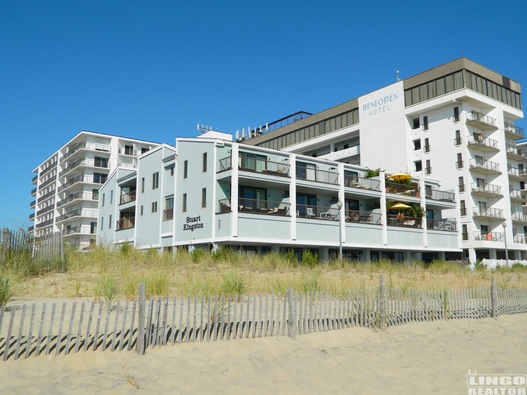 1 GRENOBLE PLACE APT G Rental Property