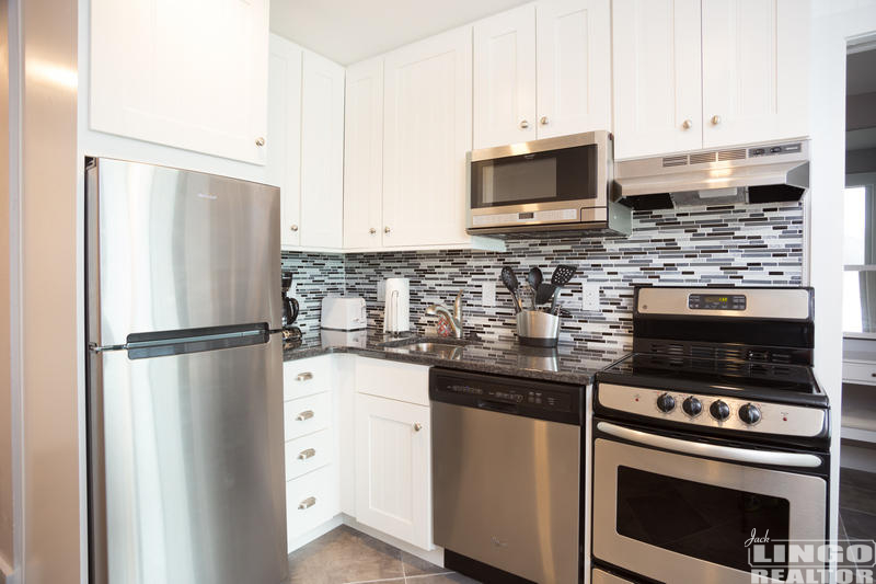 213_(7) 2 VIRGINIA AVENUE #213  Rental Property