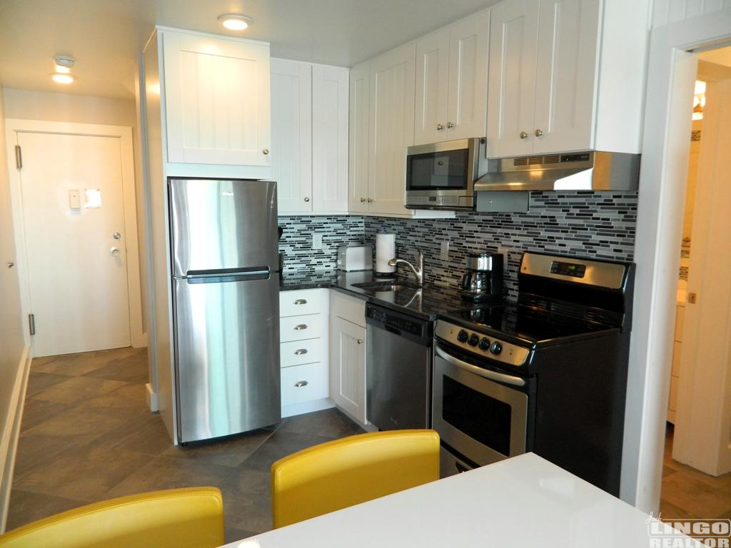 DSCN9985 2 VIRGINIA AVENUE #213  Rental Property
