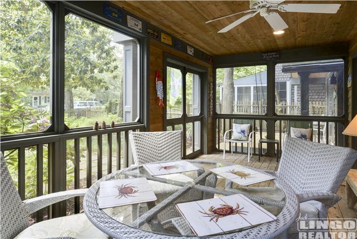 Delaware Beach House Rental Screened Porch Pet