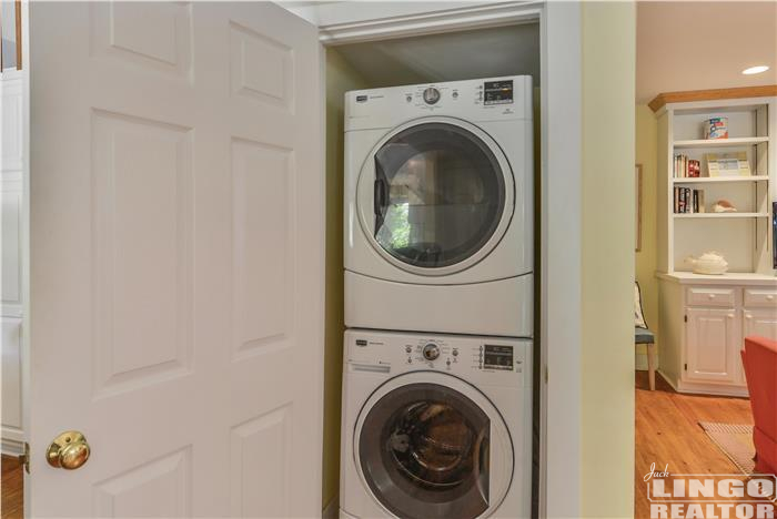 Main_Level-Washer_Dryer-_DSC7644 69 COLUMBIA AVENUE Rental Property