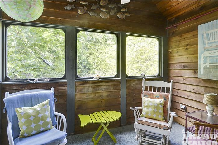 Top_Level-Screened_Porch-_DSC7710 69 COLUMBIA AVENUE Rental Property
