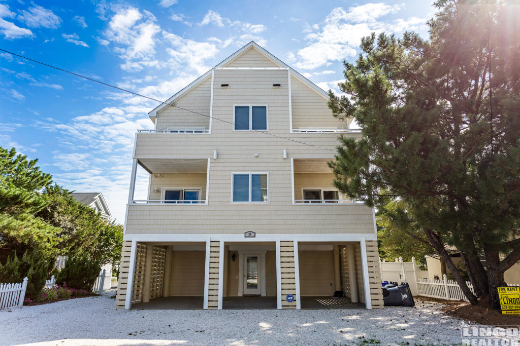 8M8A1228-HDR-32BeachAve-web Mini-Week Rentals