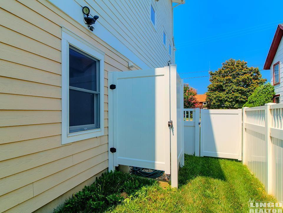 outsideshower 18A CHRISTIAN STREET   Rental Property